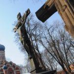Москва закрывает доступ на кладбища