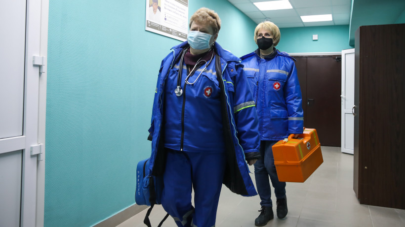 Месячный запас защитных масок и костюмов сформировали в регионе