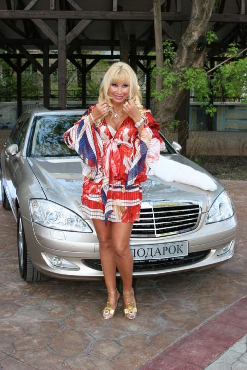 Отвратительно роскошные автомобили российских звезд