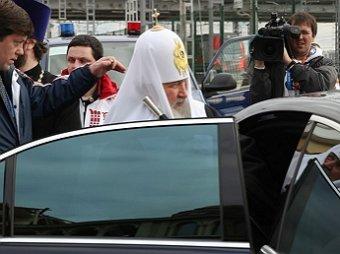 Патриарх Кирилл совершил объезд Москвы с иконой «Умиление» на Мерседесе с кортежем