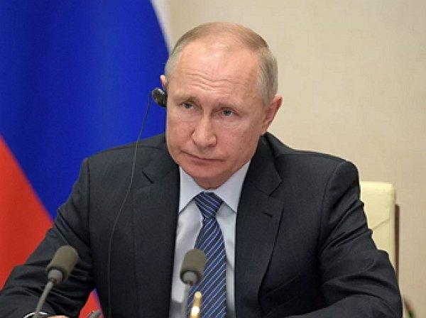 """Путин """"взорвал"""" Сеть мэмами, сравнив """"коронавирусную заразу"""" с печенегами и половцами"""
