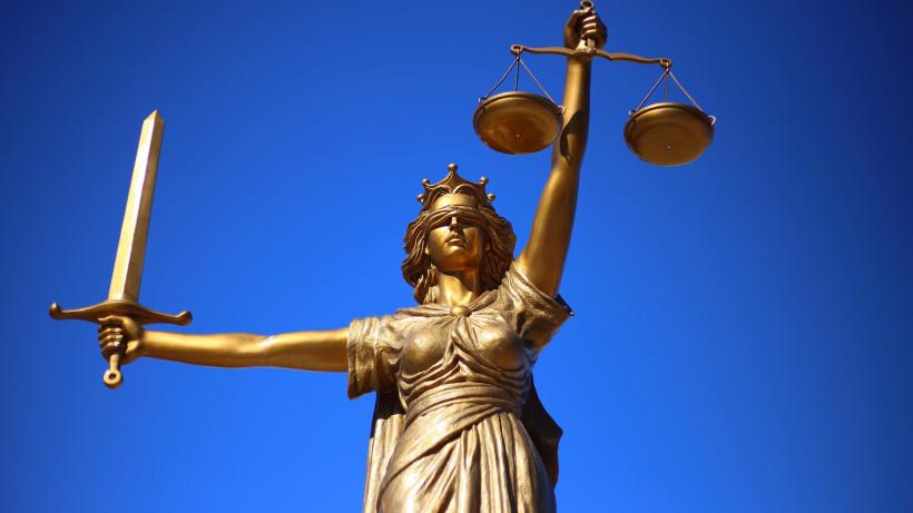 Суд признал законным отказ Госжилинспекции изменять реестр УК