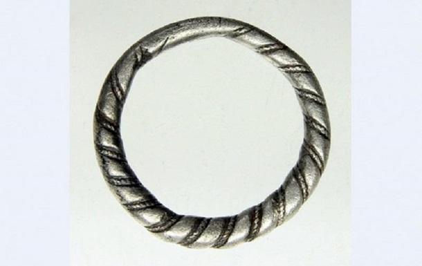 В Нидерландах найдено редкое кольцо викингов