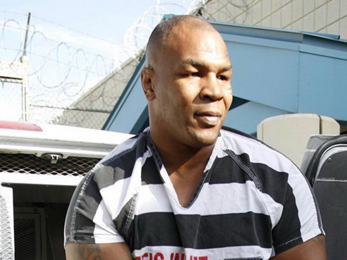 «Был очень раздражен»: Майк Тайсон рассказал, как подрался в тюрьме