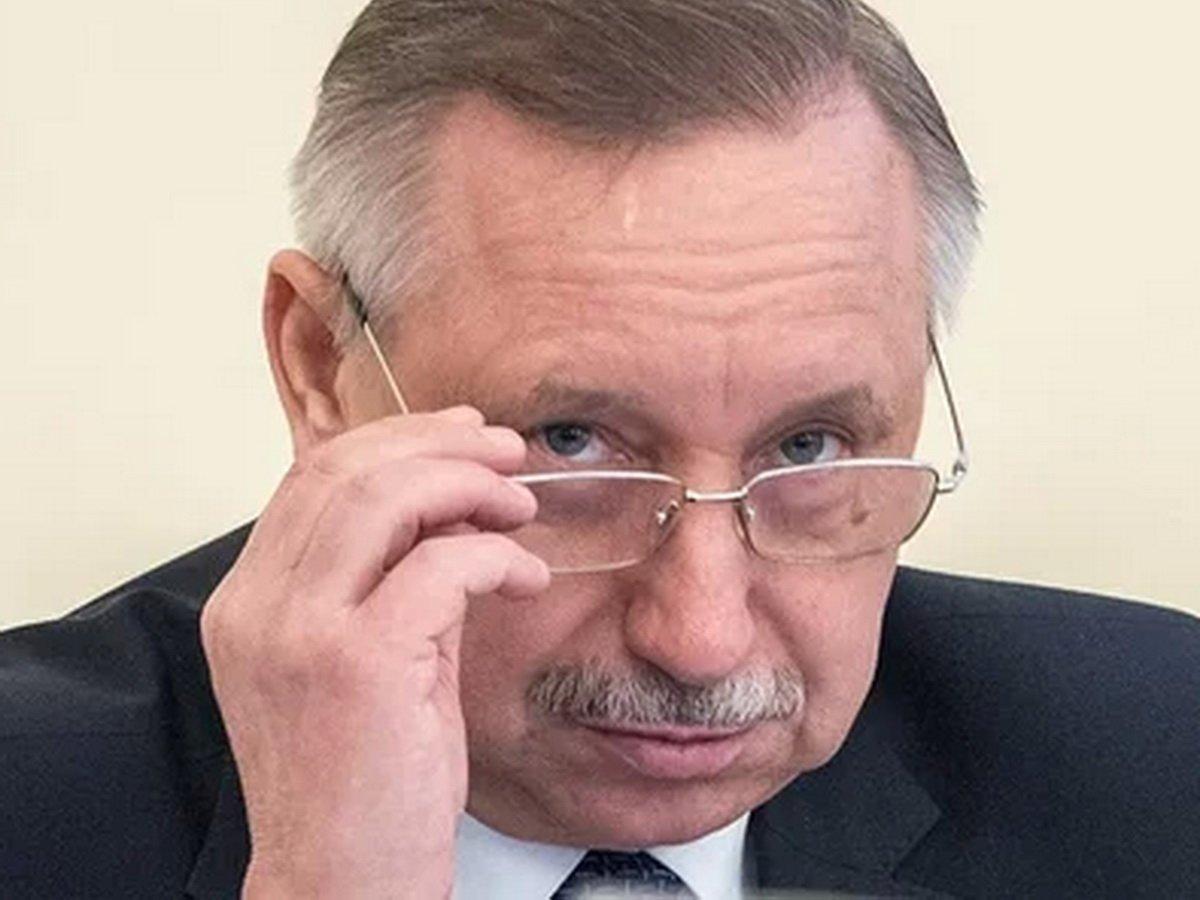Губернатор Беглов в щитке поверх респиратора стал мемом (ФОТО)