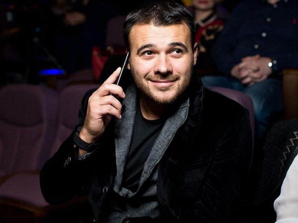 Эмин Агаларов запел о новой возлюбленной