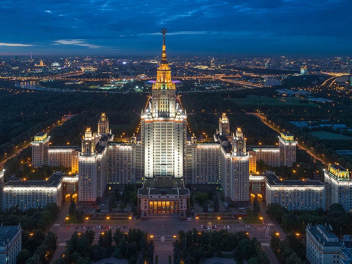МГУ и Эрмитаж попали под санкции Украины