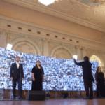 Музыканты и хоровые коллективы под руководством Юрия Башмета поздравили ветеранов исполнением песни «День Победы»