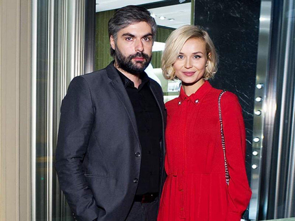 На фоне слухов о разводе муж Полины Гагариной показал фото с дачи певицы