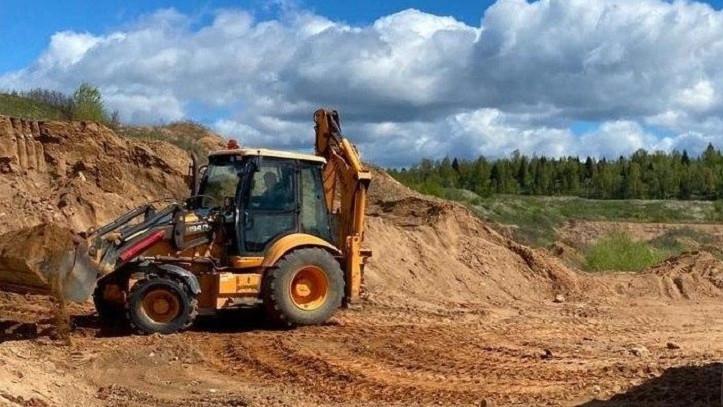 Незаконную добычу песка пресекли в Волоколамском округе