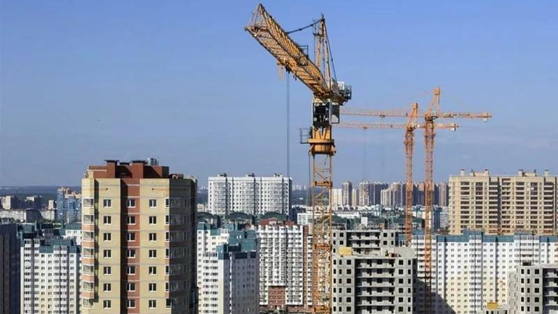Около 200 строек возобновили работу в Московской области
