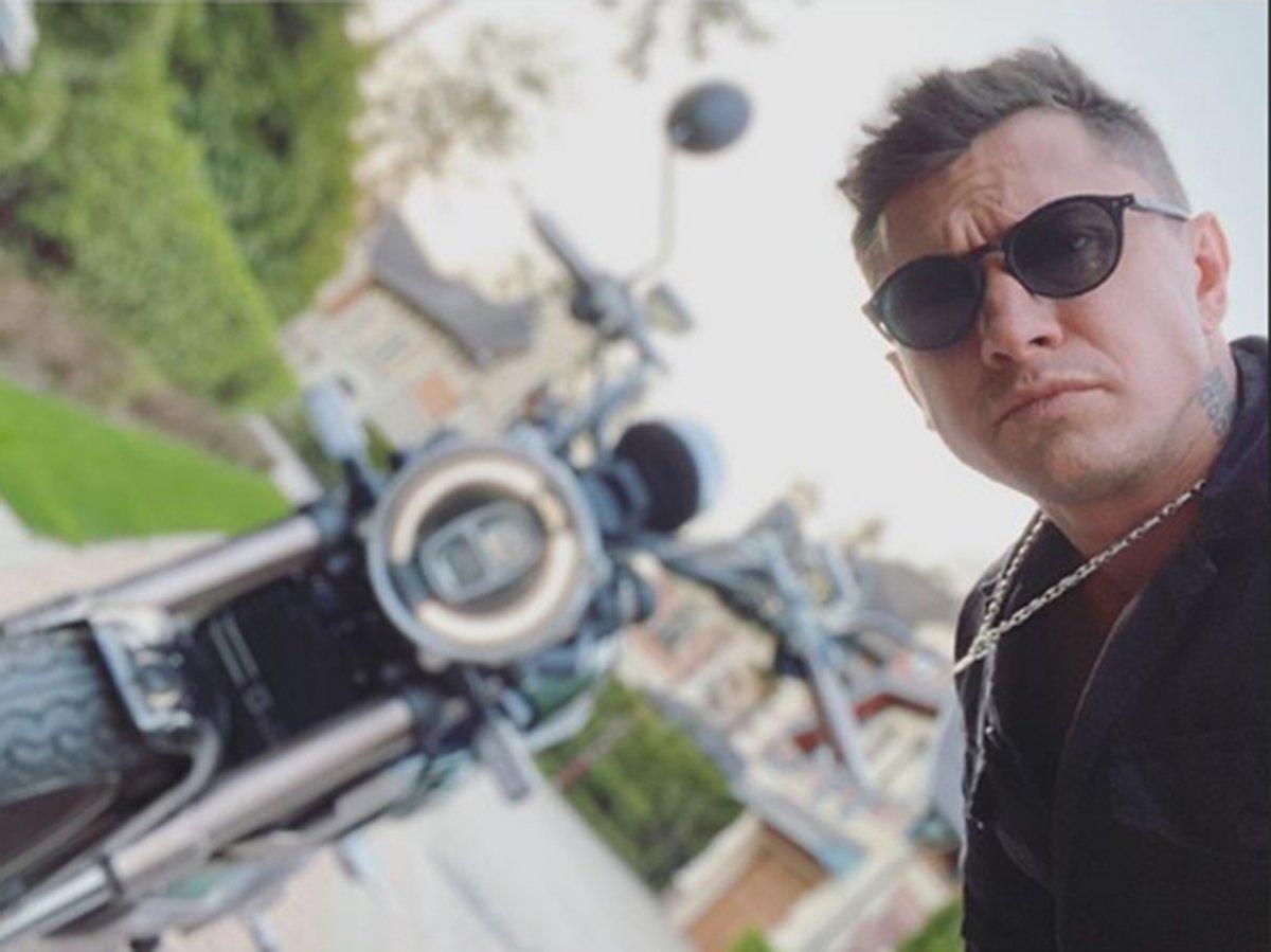 Павел Прилучный получил штрафов почти на 20 тысяч за время самоизоляции