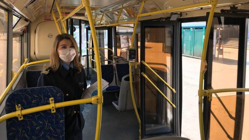 Почти 90% пассажиров общественного транспорта были в масках во вторник утром