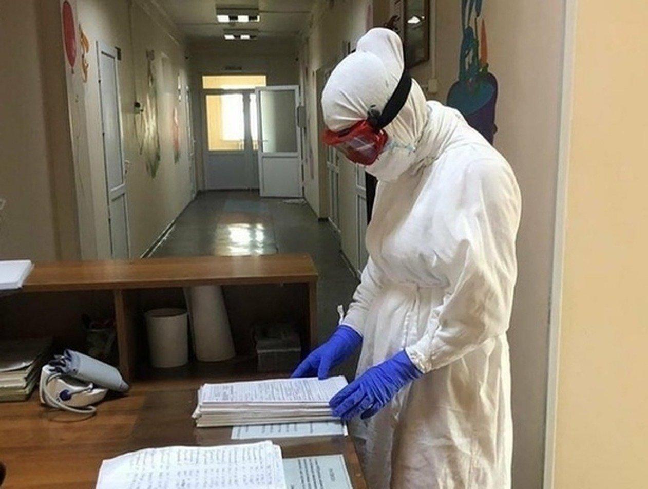 Путину доложили о 40 врачах, умерших от коронавируса в Дагестане