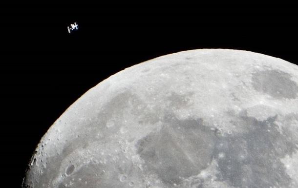 Роскосмос назвал сроки высадки космонавтов на Луну