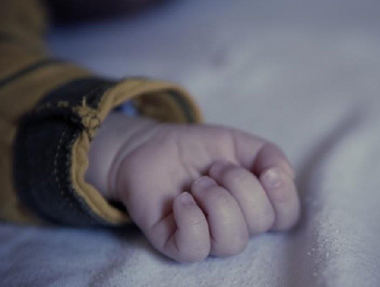 Россиянка задушила 9-месячного сына, «спасая» от врачей