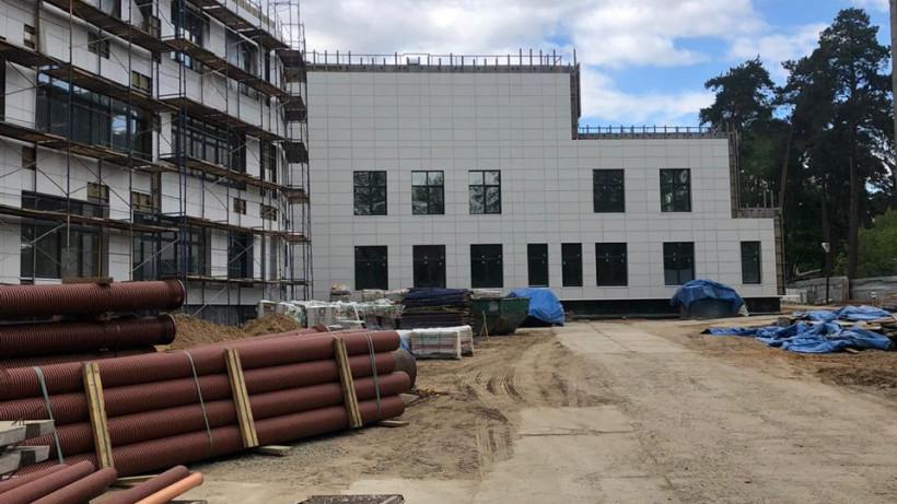 Строительство школы на 275 мест возобновили в Люберцах