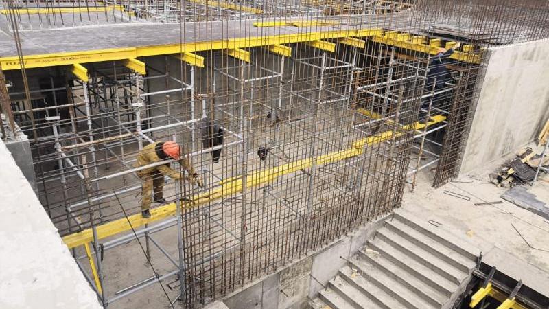 Строительство школы возобновили в Луховицах
