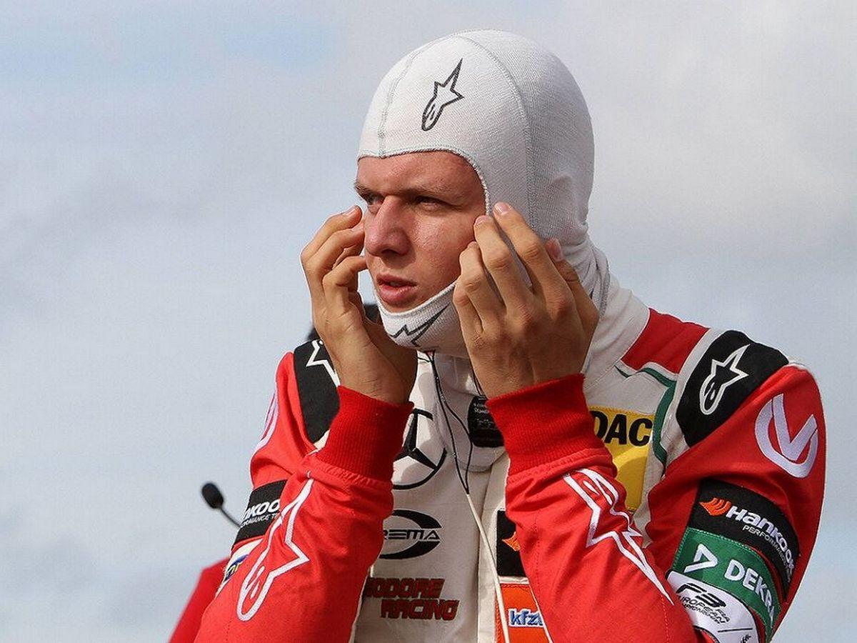 Сын Михаэля Шумахера показал подписчикам «упражнение для гонщиков»