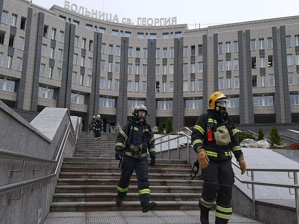 В больнице в Санкт-Петербурге на пожаре погибли 5 пациентов на ИВЛ с коронавирусом