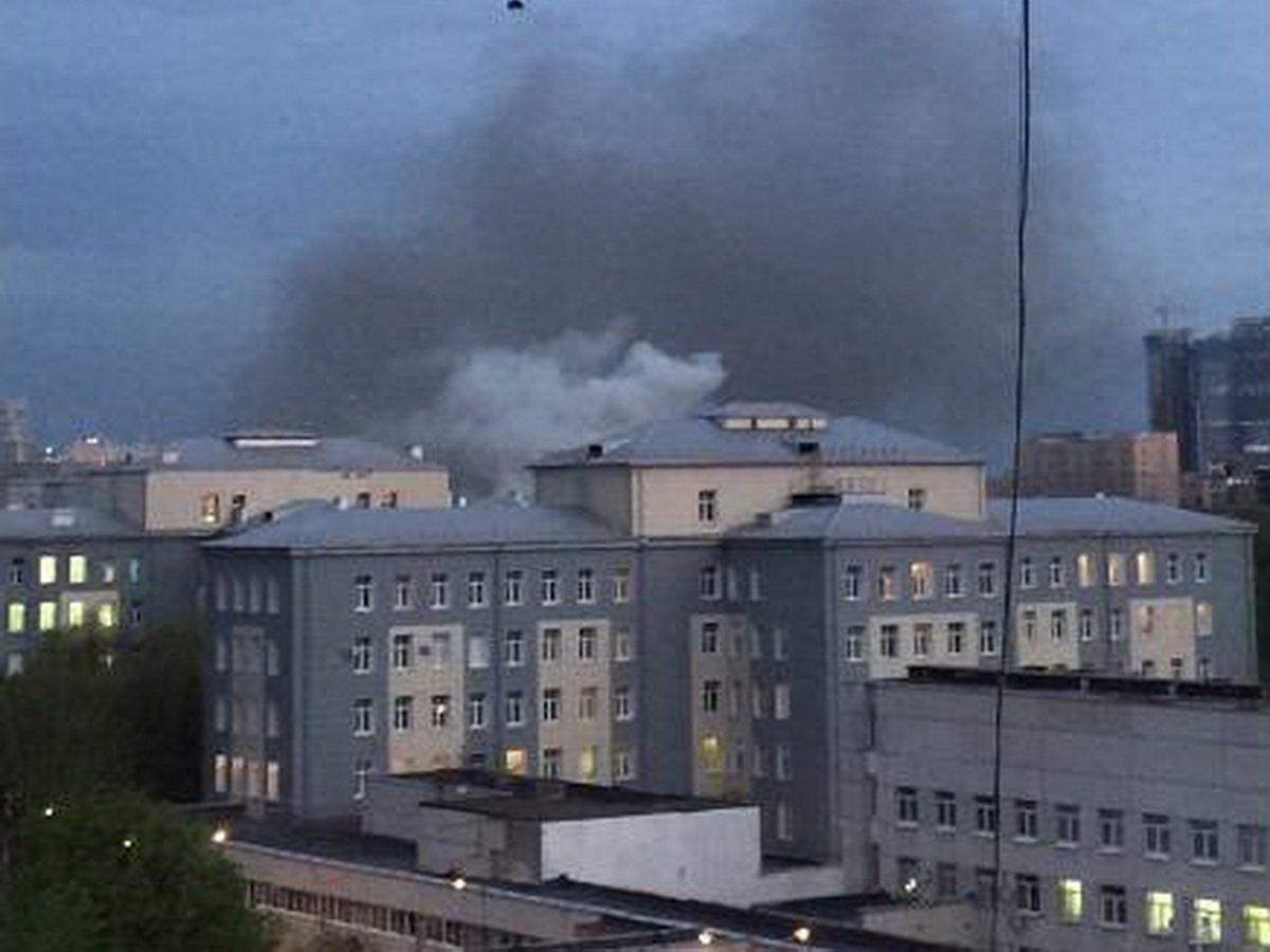 В Москве при пожаре в «коронавирусной» больнице скончалась пациентка с COVID-19