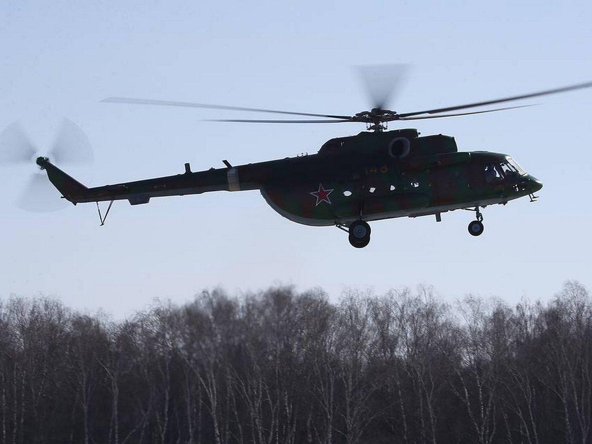 Вертолет Ми-8 совершил жесткую посадку на Чукотке: есть жертвы