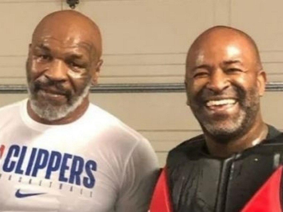 «Вся жизнь пронеслась перед глазами»: 53-летний Майк Тайсон потряс тренера своей формой в тренировочном бою (ВИДЕО)