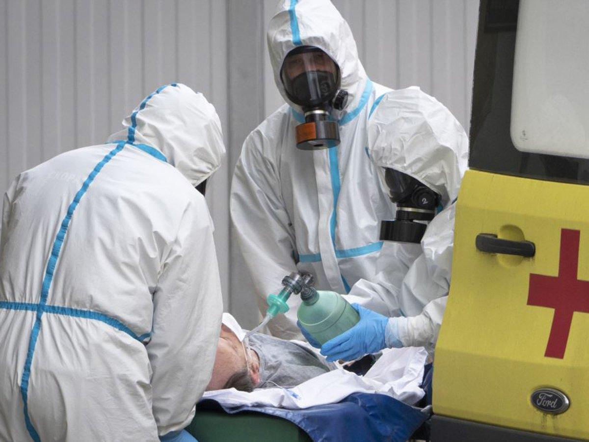 Зафиксировано рекордное количество смертей в России за сутки от коронавируса