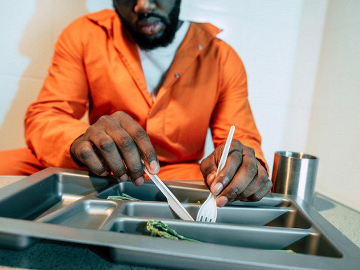 Заключенный завел кулинарный блог