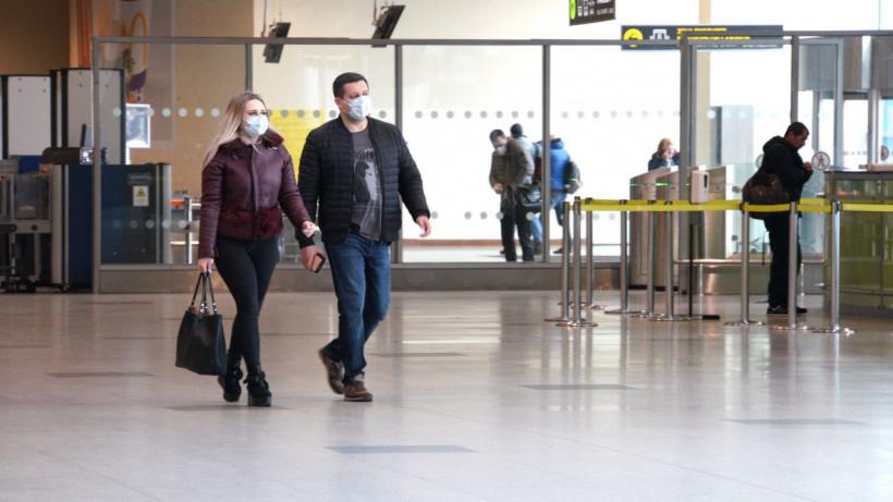 Более 17 тыс. граждан доставили домой и в обсерваторы из аэропортов региона за 2 месяца