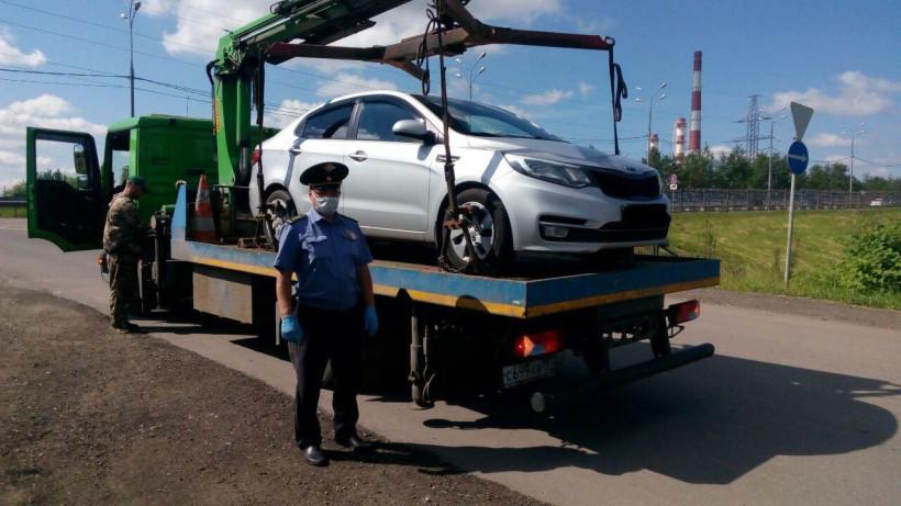 Более 70 нарушений выявили в работе такси в Подмосковье за неделю