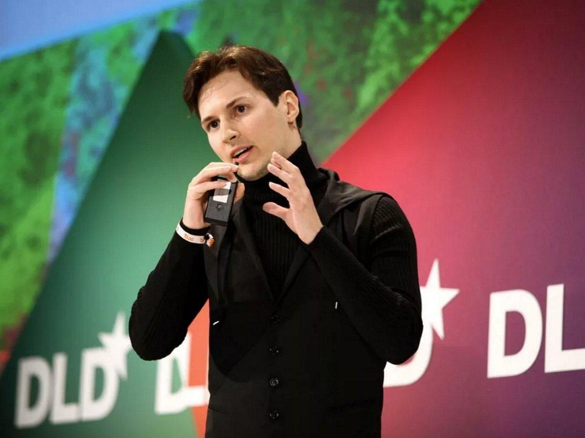 Дуров пригрозил судом Instagram и Facebook за мошенничество