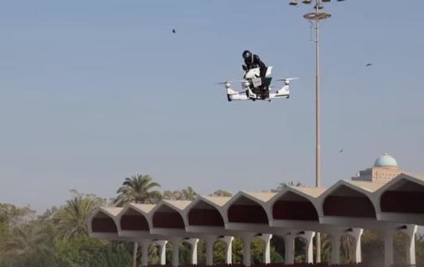 Испытания летающего мотоцикла закончились падением