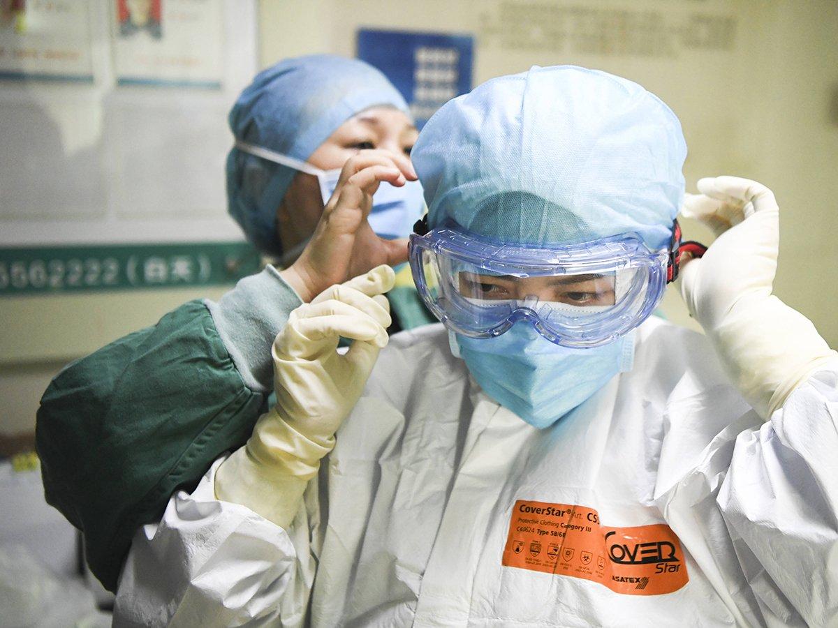 Коронавирус снова перешел в атаку: в ВОЗ сообщили о рекордном росте количестве заболеваний за сутки