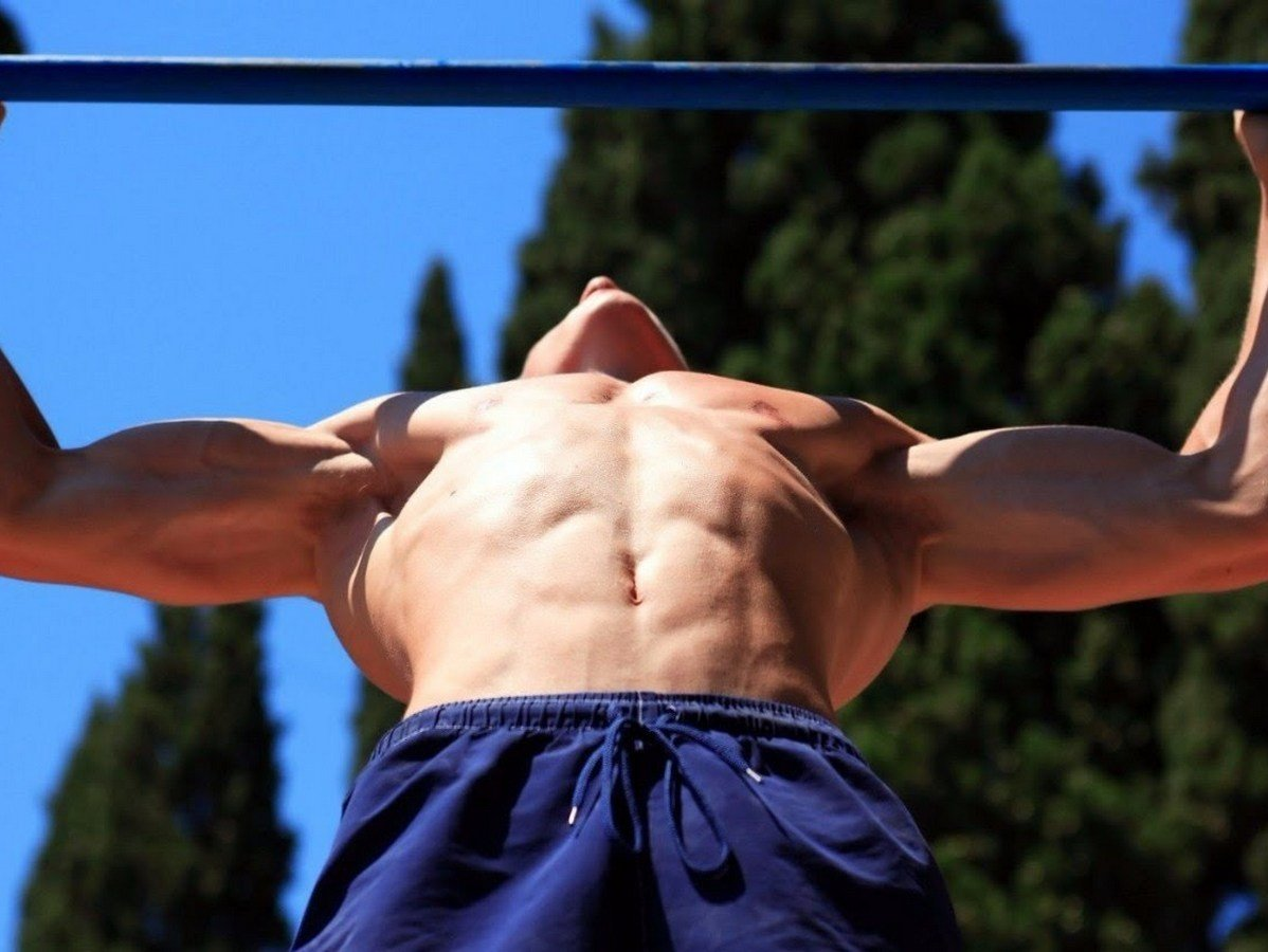 Мужчина сбросил 50 килограммов и рассказал о том, что помешало ему похудеть раньше