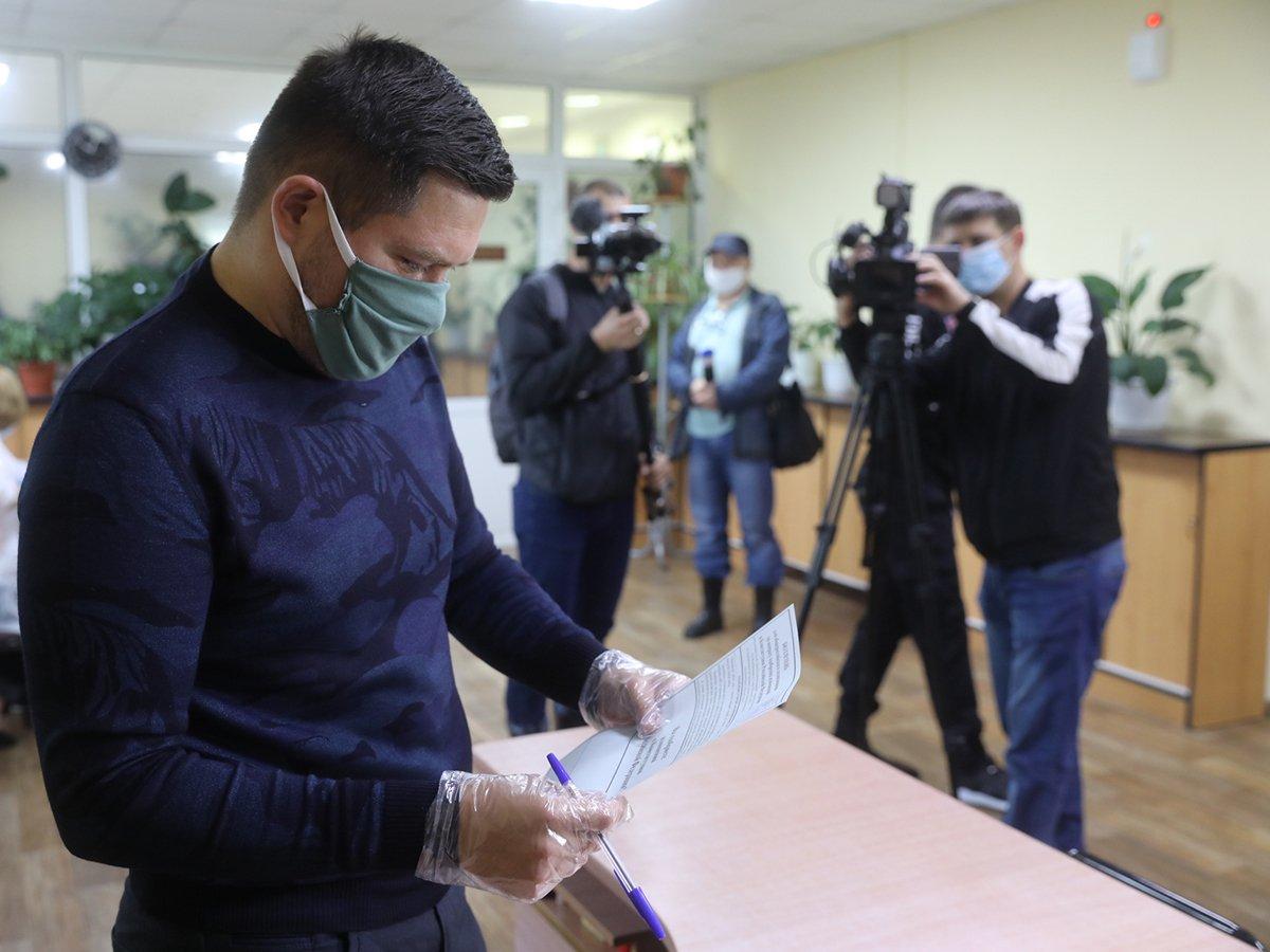 Онлайн-голосование по поправкам в Конституцию началось со скандала в Новой Москве