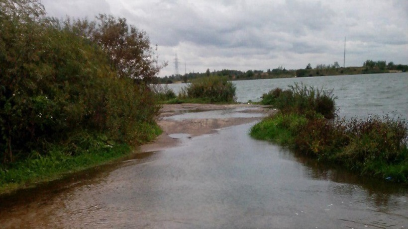 Проверка по факту размещения грунтов в водоохранной зоне реки проводится в Красногорске