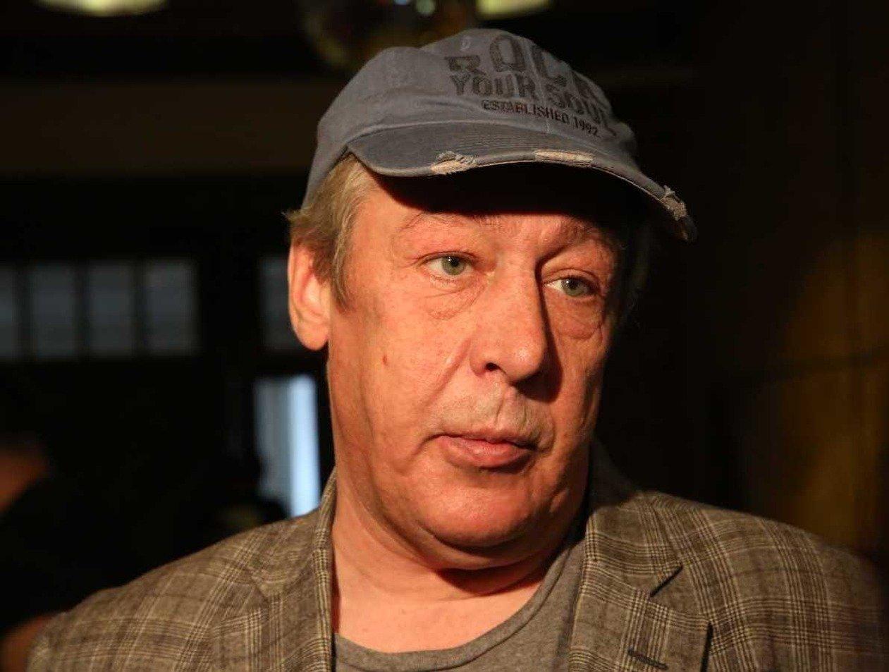 «Распродает жилье»: у Михаила Ефремова кончились деньги
