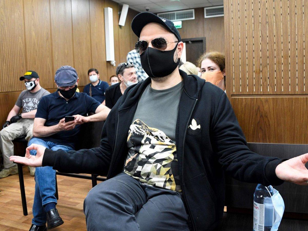 Режиссера Кирилла Серебренникова признали виновным в мошенничестве