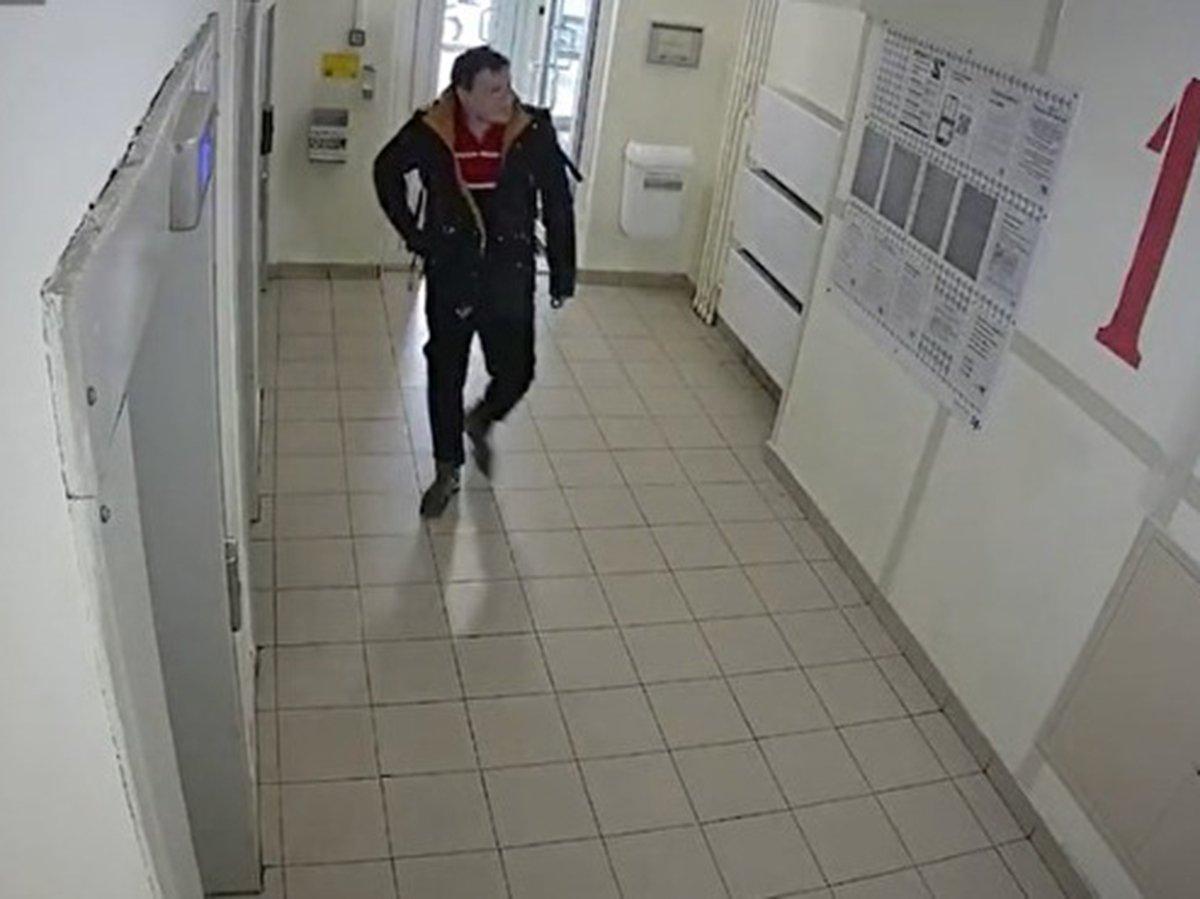 СМИ: расстрелянный Росгвардией «обойный вор» с ножом ограбил магазин