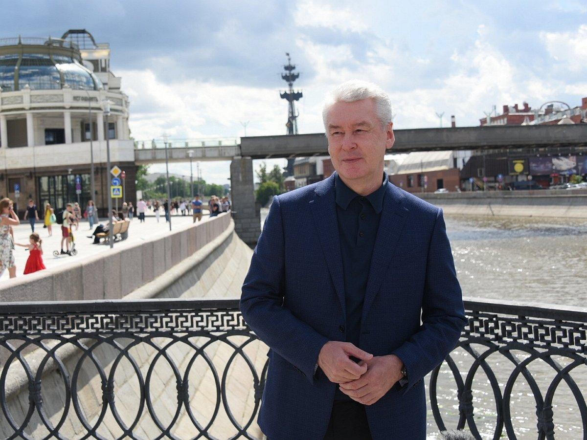 Собянин призвал москвичей не выходить из дома в праздники