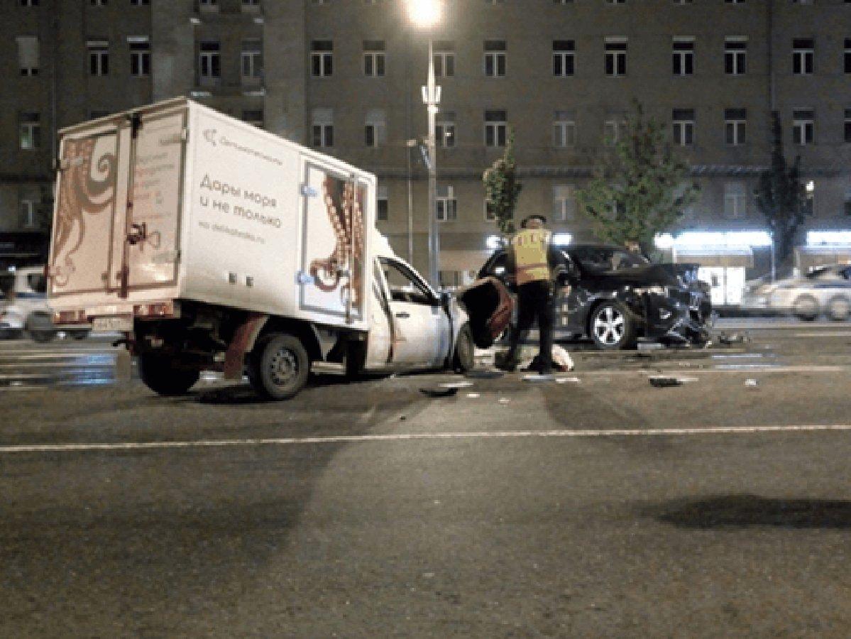Стало известно, кто был в машине с Ефремовым в момент аварии