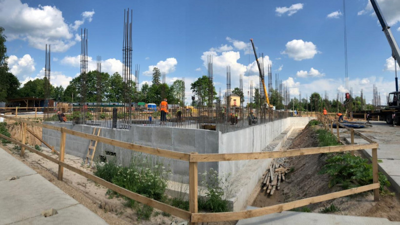 Строительство школы завершат в поселке Тропарево Можайского округа до конца года