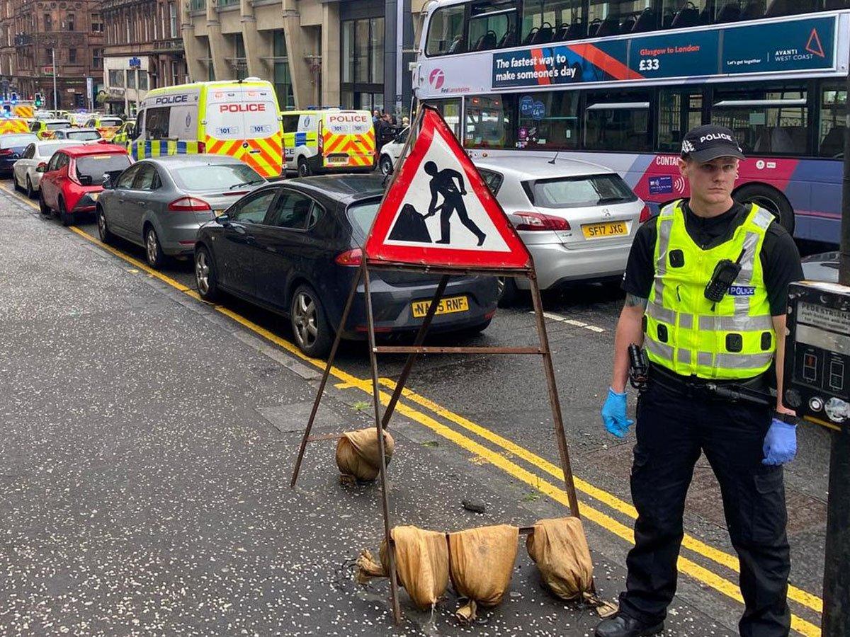 В Глазго три человека погибли при нападении