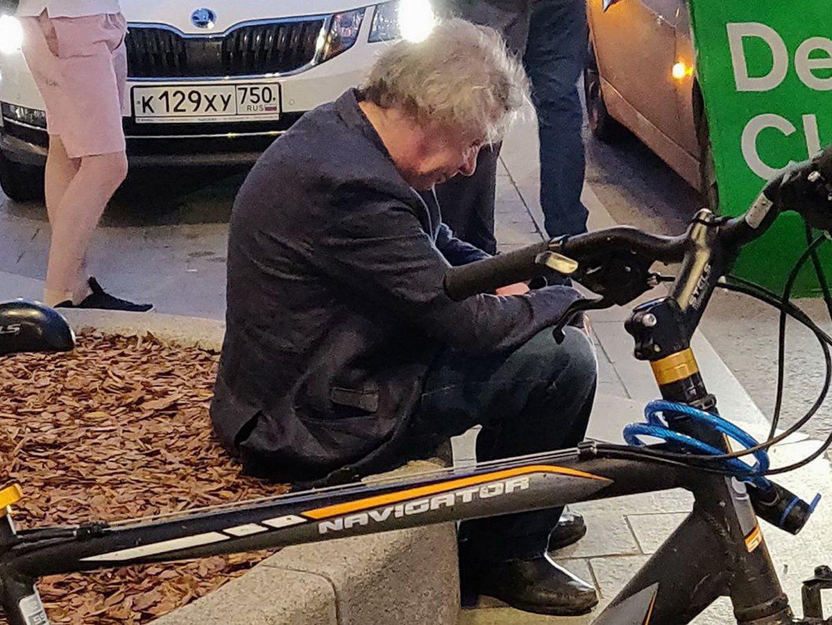 Видео с Ефремовым за несколько часов до аварии появилось в Сети