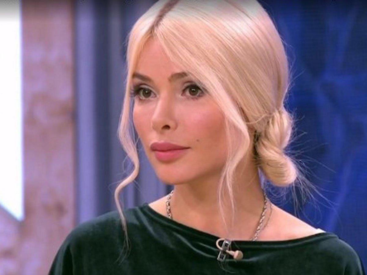 """""""Закрой рот, иначе не поздоровиться"""": певица Кравец пожаловалась на травлю после смерти Норкиной"""