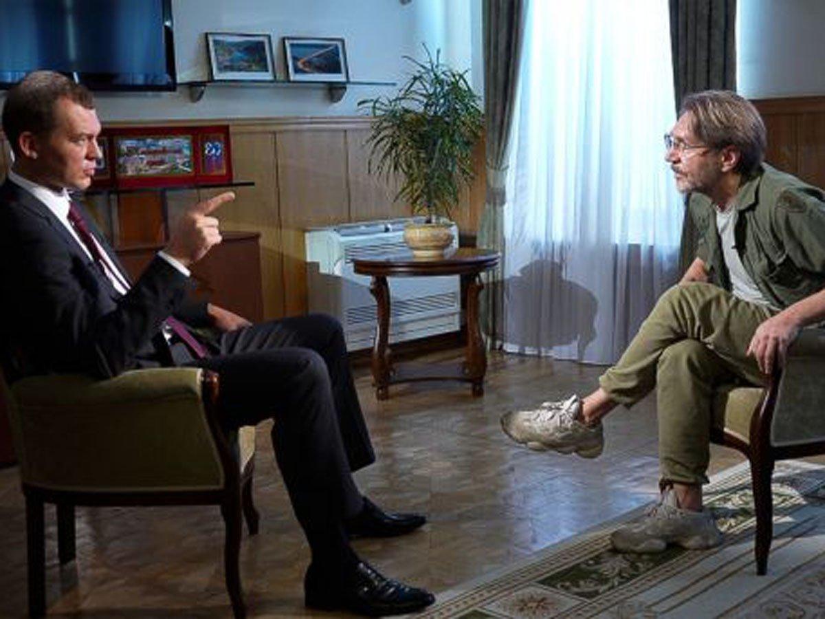 Дегтярев рассказал Шнурову о Фургале, митингах и голубях, попросив прощения у хабаровчан