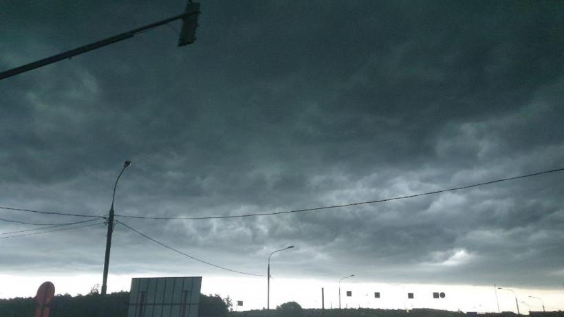 Электросетевые компании региона ввели режим повышенной готовности из-за ухудшения погоды