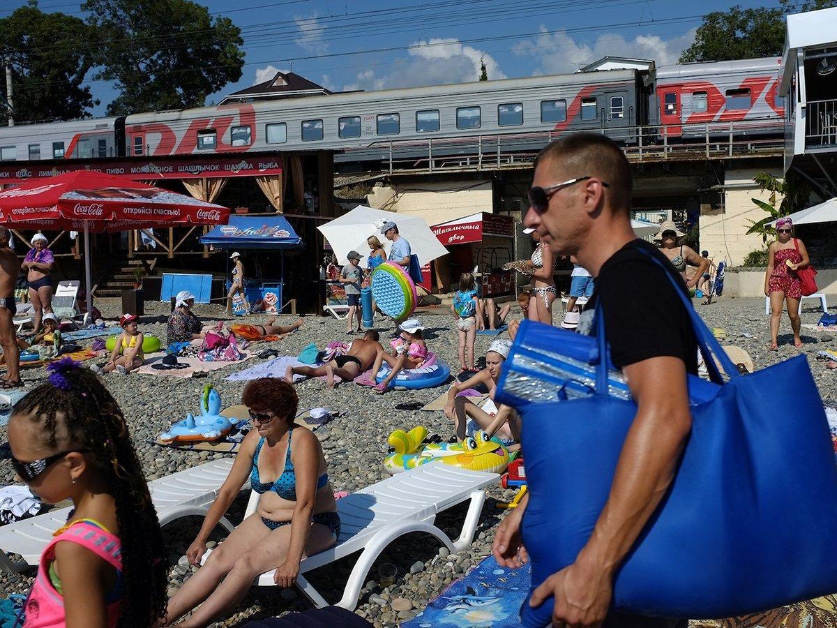Как получить выплату за отдых в России, объяснили в АТОР: компенсация составит до 15000 рублей