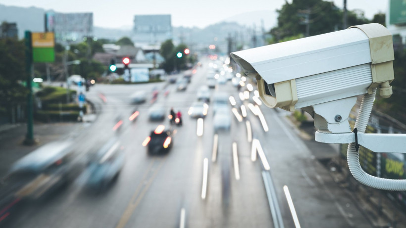 Камеры системы «Безопасный регион» записали попытку побега водителя с места ДТП в Долгопрудном